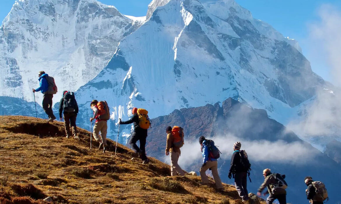 Adventure & Trekking Tours Manufacturer and supplier in bangalore