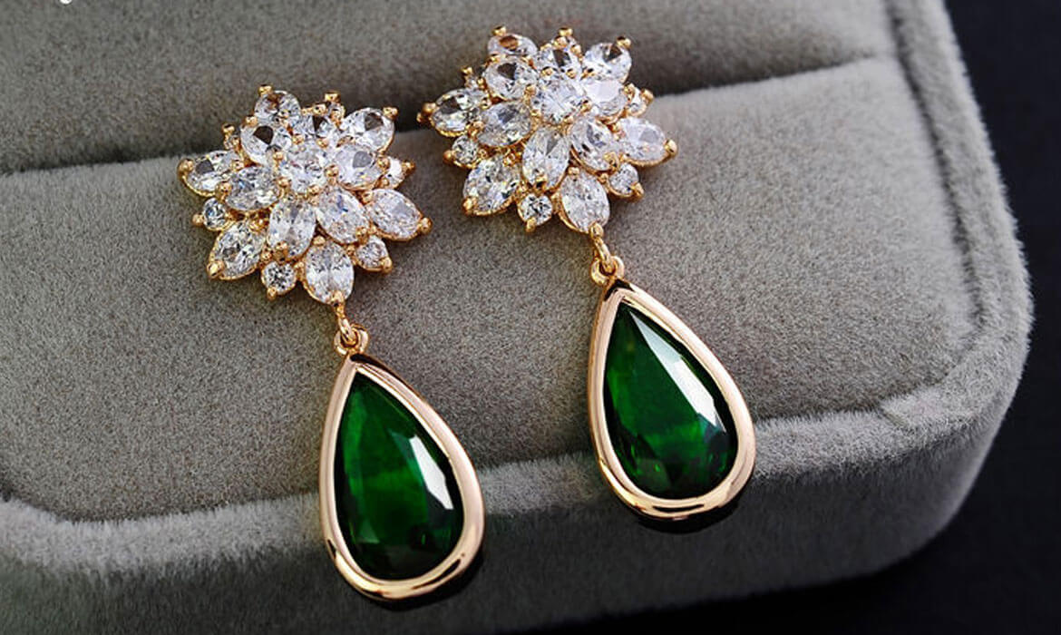 Artificial, Stone and Metal Earrings Manufacturer and supplier in Bangalore