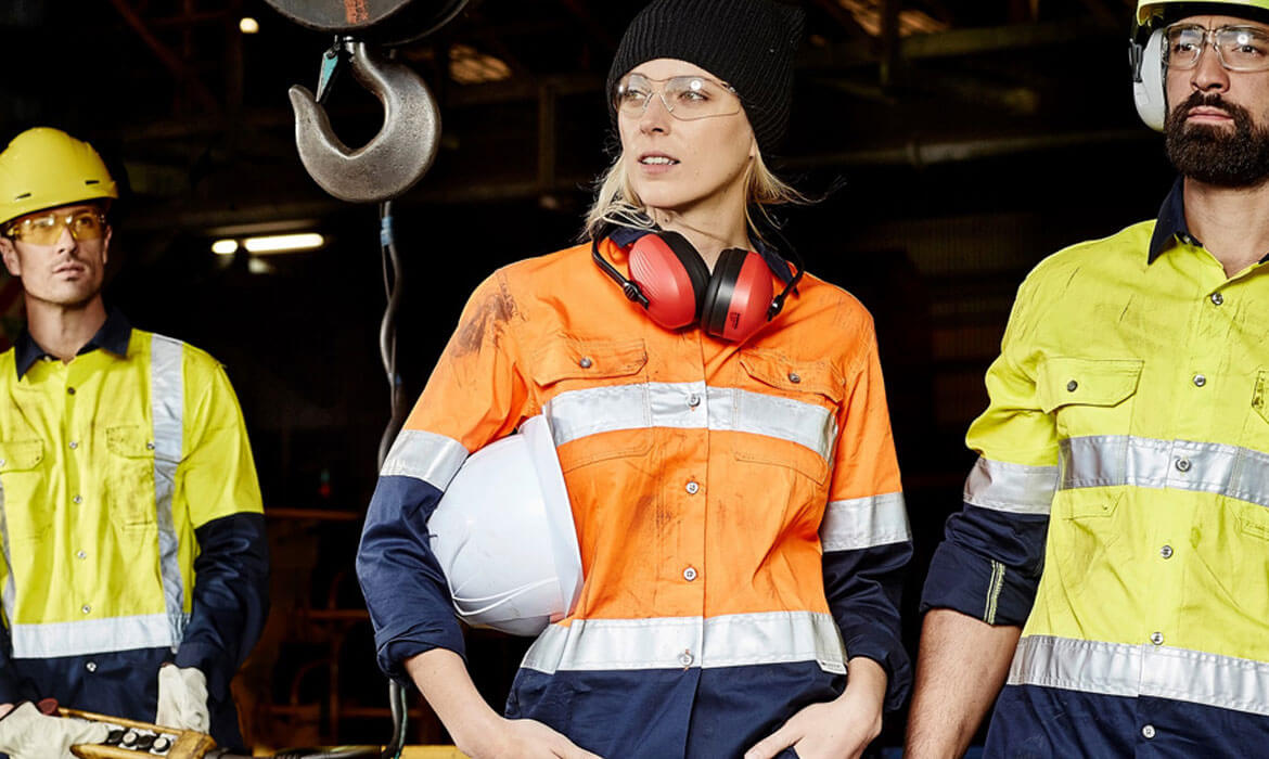 Industrial Uniforms & Safety Wear Manufacturer and supplier in Bangalore