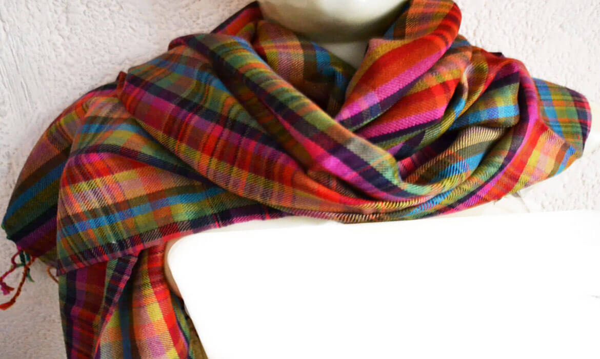 Pashmina, Silk & Cashmere Shawls Manufacturer and supplier in Bangalore