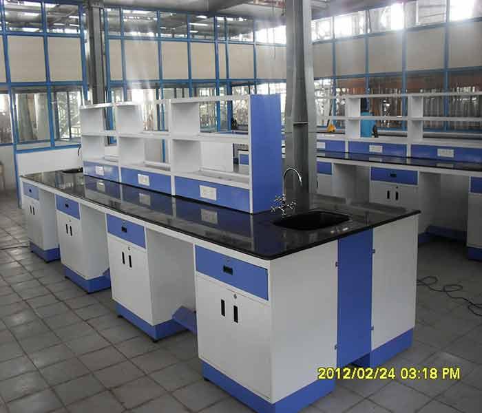 Modular Laboratory Furniture Manufacturer in Bangalore