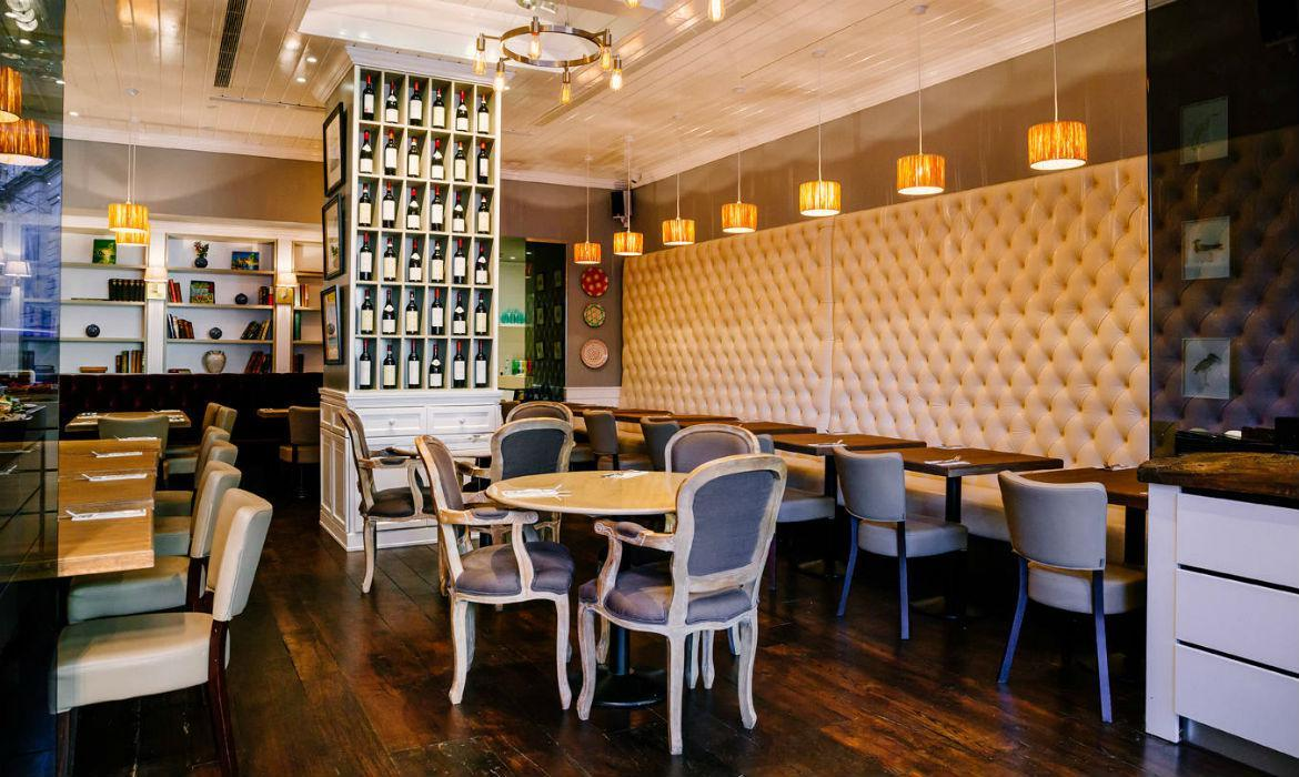 Restaurant Chairs manufactures and suppliers  in bangalore