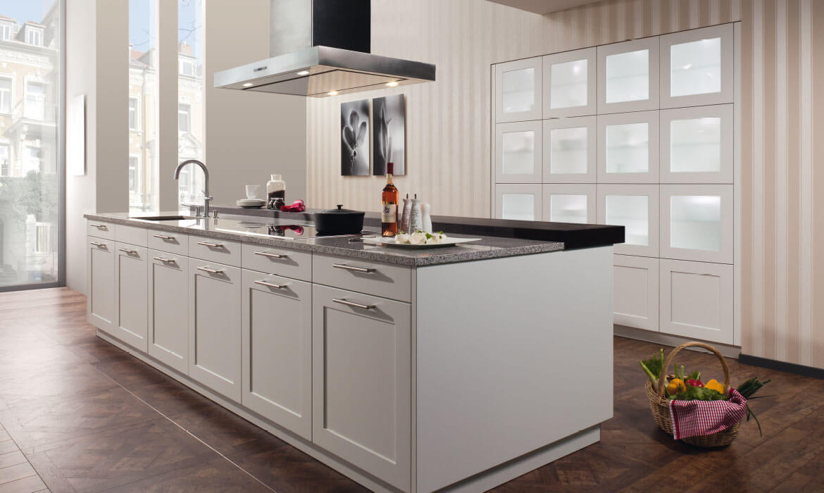 Leading Designer & Supplier of Island Kitchen In Bangalore
