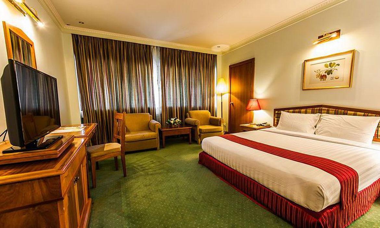 Attractive Lodge & Star Hotel Interior Designer In Bangalore